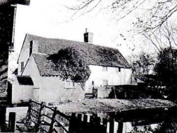Rayne-Hatch-Farm-1914