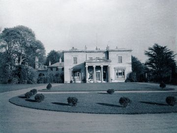 1911-Hall-front-1