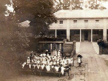 1930s-School-Tea-Party-1
