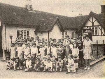 1975-School-1