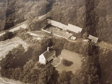 Moat-Farm-aerial-view-1964